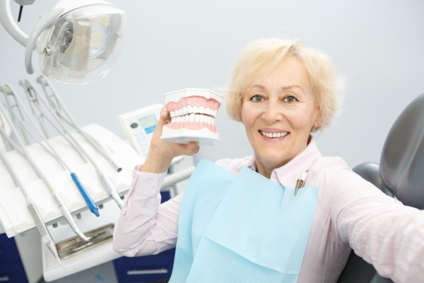 What Are Popular Materials For Making Dentures?
